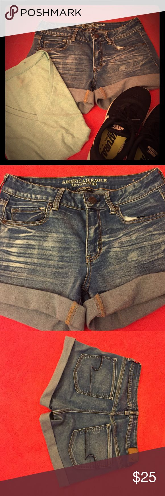 American Eagle  midi shorts These super super stretch shorts are perfect for the spring and summer! I only wore them for one summer. Great condition! American Eagle Outfitters Shorts Jean Shorts