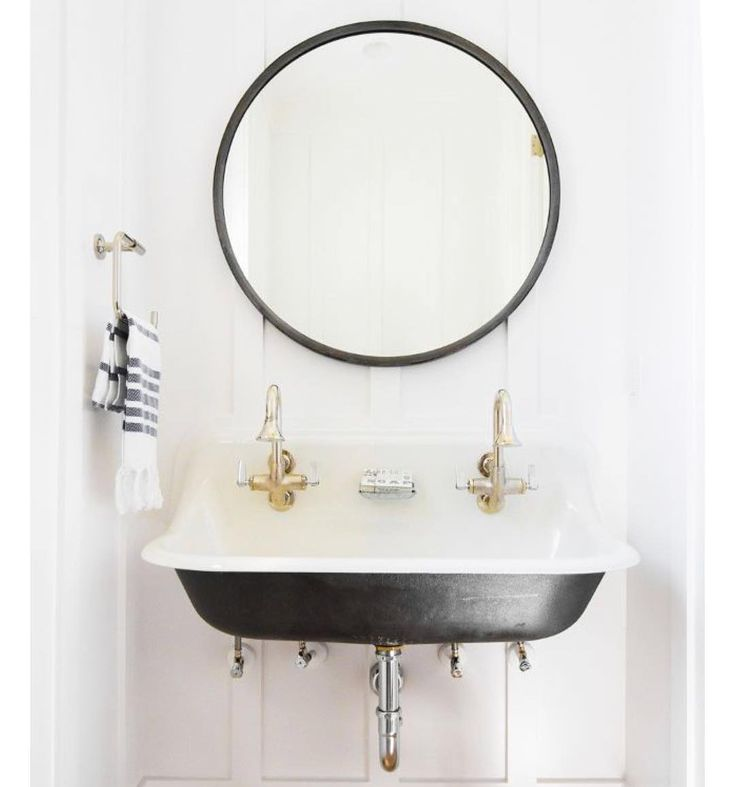 Before After Diy Laundry Room Simple Makeover Unique Bathroom Sinks Round Mirror Bathroom