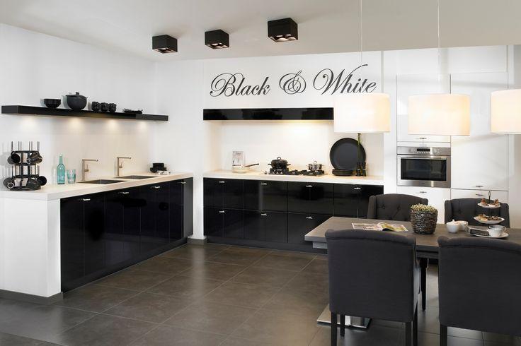 Zwarte keukens. Super veel zwart. Moderne effecten.   DB Keukens