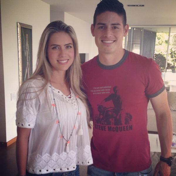 Ana Sofía Henao Top Model Colombiana con Top soccer player James Rodriguez  Al lado de un gran ejemplo para los jóvenes del mundo entero @jamesdrodriguez  sos una gran persona!!!