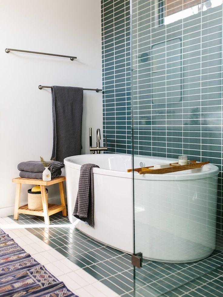 Our Austin Casa Mid Century Modern Master Bathroom The Effortless Chic Modern Master Bathroom Mid Century Modern Bathroom Modern Bathroom Design