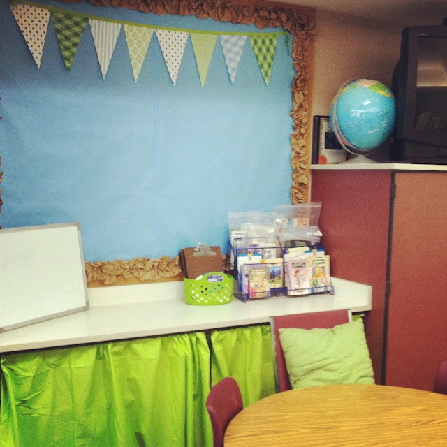 Classroom Decor Cheap ~ Best ideas about tissue paper borders on pinterest
