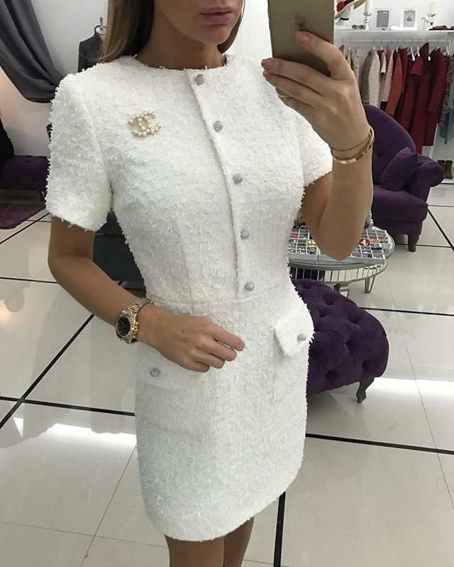 ☃️в наличии -12500 платье из твида Chanel сказочного как снежинки ❤️☃️ с итальянской фурнитурой,размер S,так же доступно на заказ по вашим меркам ,длина может быть любая .брошка -2500. Для заказа  what's up/viber/sms +79215551381  доставка курьером по всему миру ✈️