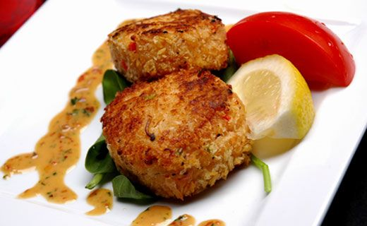 Dinner/Lunch: Epicure's Sweet and Spicy Crab Cakes (240 calories/serving) serve with side salad
