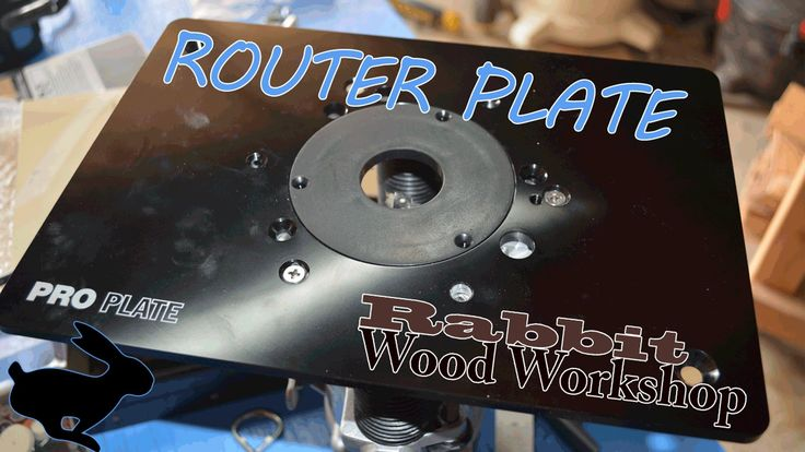 Router plate install w/ flush trim bit Quick and simple router plate installation. This plate is a pre-drilled rockler pro plate.