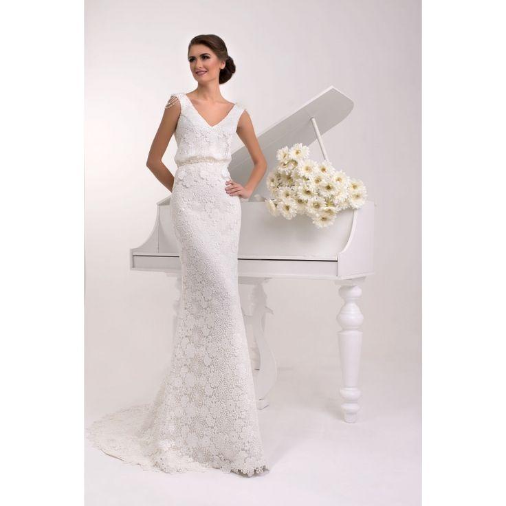 Tasha - nádherné svadobné šaty s krajkou na ramienka zdobené perličkami