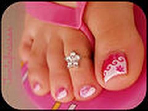 Manucure pour vos pieds : pedicure + vernis + nail art LM COSMETIC