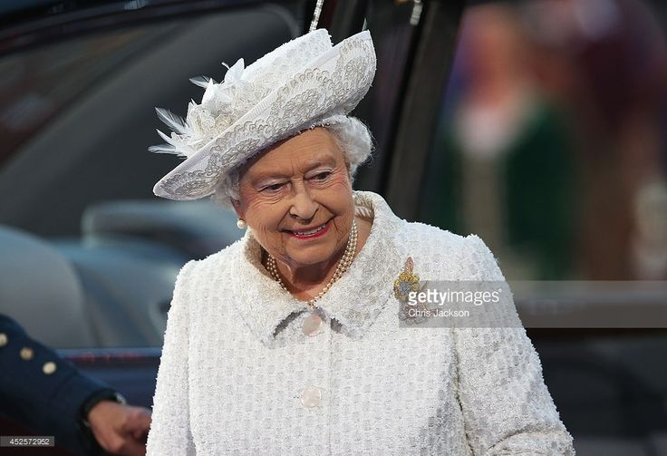 Queen Elizabeth II, Patron of the CGF smiles during the Opening Ceremony for the Glasgow 2014 Commonwealth Games at Celtic Park on July 23, 2014 in Glasgow, Scotland.  (Photo by Chris Jackson/Getty Images)