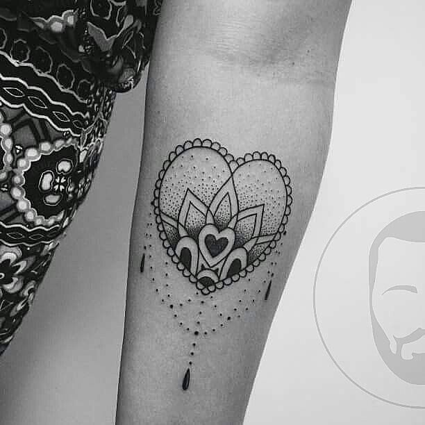 """O <a href=""""http://instagram.com/jvtattoo"""">@jvtattoo</a> estará tatuando no Rio de Janeiro! ❤  Fique ligado no perfil dele para mais informações!  27 99860-4104  jv.martins"""