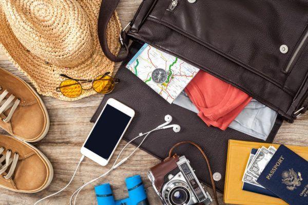 5 Benda Yang Sebenarnya Wajib Dibawa Saat Traveling, Namun Sering Terlupakan