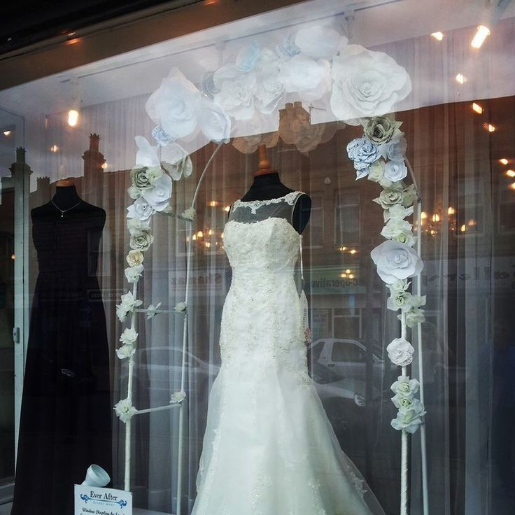 White Wedding Dress Store Toronto: 119 Best Bridal & Wedding Displays With Mannequins Images