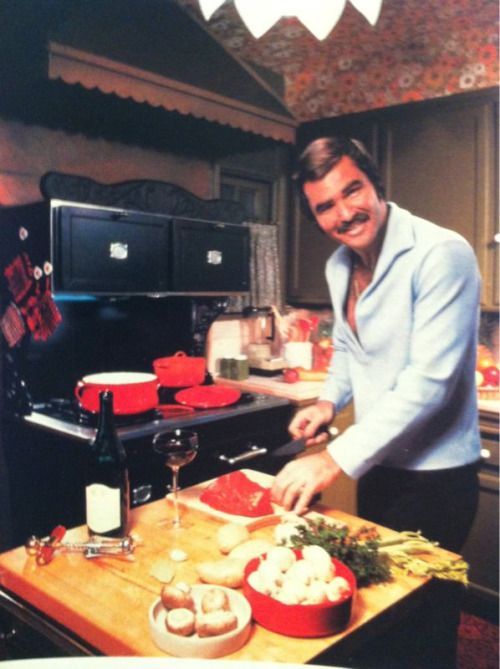 superseventies:  Burt Reynolds at home, 1970s.