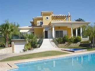 Villa in Almancil, Central Algarve, Portugal Large Family Villa with Separate Infant's Pool Own HD Private Cinema with Bar and Games/Party Room. New from 2012 - Wi-Fi Broadband Internet! Sleeps up to 16, 18 or 20 in 6, 7 or 8 bedrooms