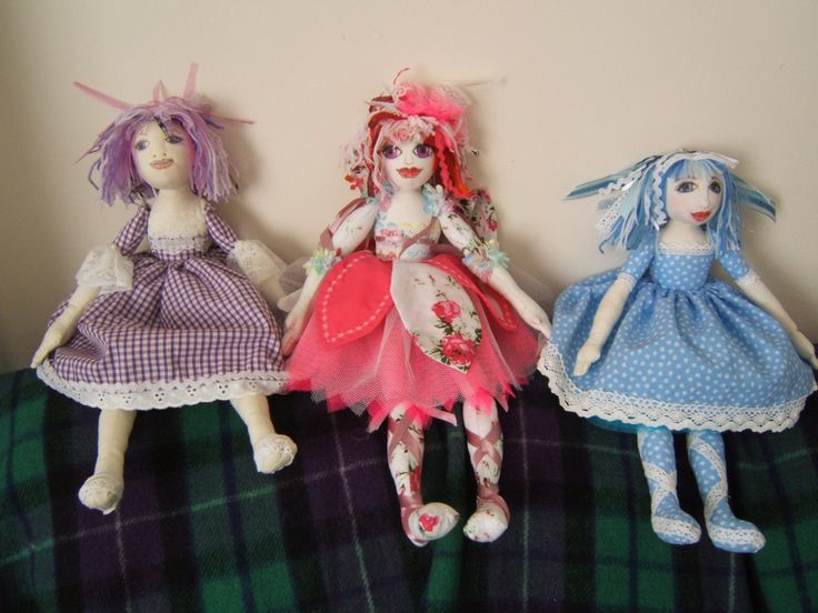 dolly in middle made for charlie bears xmas, 2013