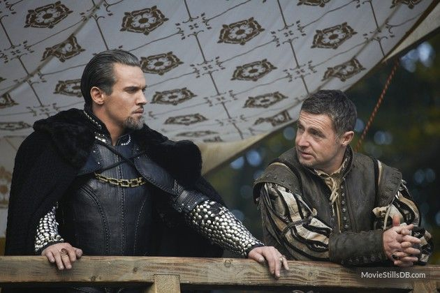 The Tudors publicity still of Jonathan Rhys Meyers & David O'Hara -I