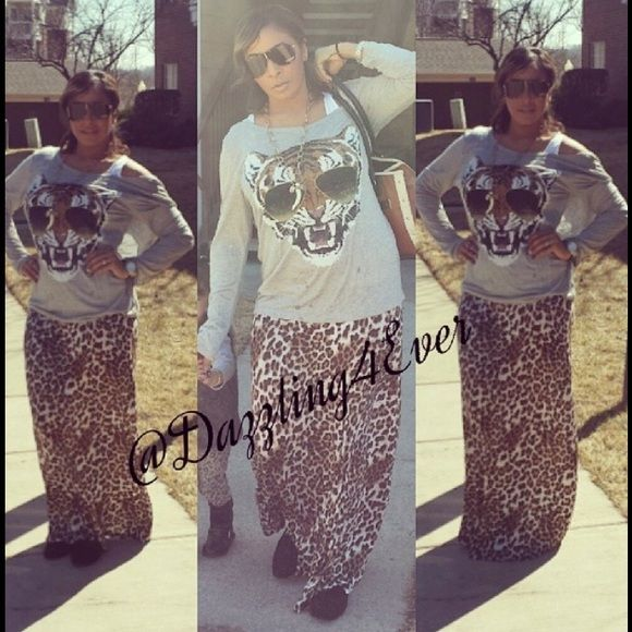 CLOSET CLEAR OUTLeopard print maxi skirt Beautiful leopard print maxi skirt one time used only like brand new very soft and comfy super cute for any occasion size 1X anyone how is L, XL or 1X can wear these nice maxi skirt NO Trades PP Crown of hearts  Skirts Maxi