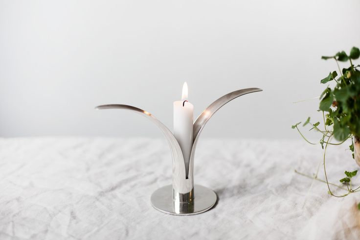 Skultuna Liljan Silver #skultuna #ljusstakeliljan #silver