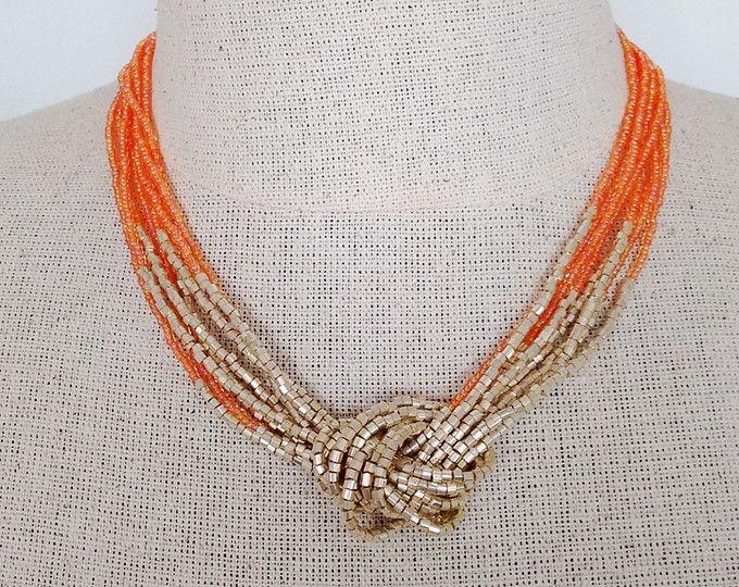 Collana d'oro e della pesca, seme tallone collana, collana con nodo, luce arancia collana, collana di perline, perline girocollo, multistrand, regalo da damigella d'onore