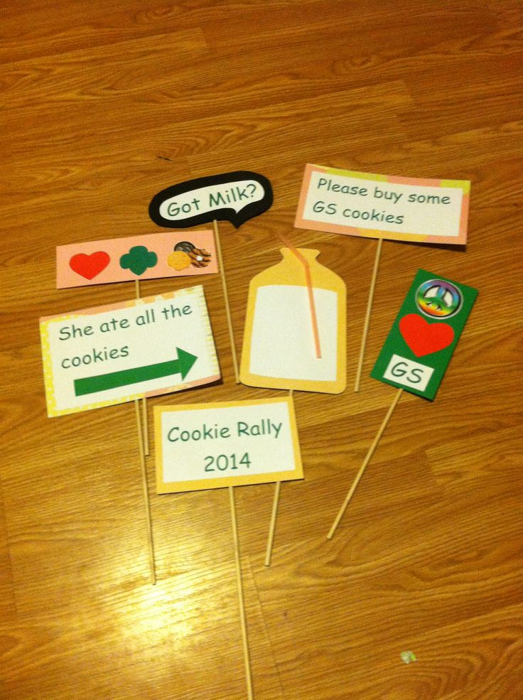 Photo props for our cookie rally Cookiewonderland Littlebrowniebaker