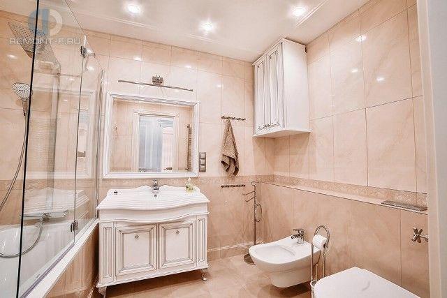 Ремонт квартиры в стиле неоклассика. Фото ванной