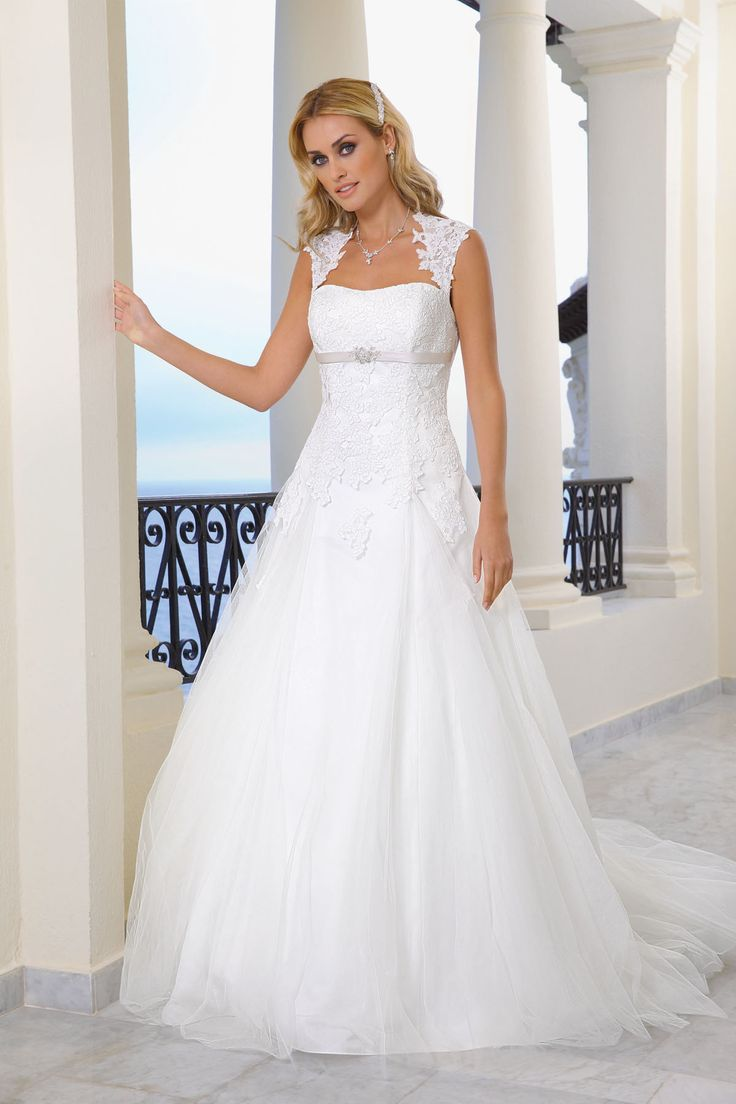 3868 best Hochzeitskleider images on Pinterest | Bridal gowns ...