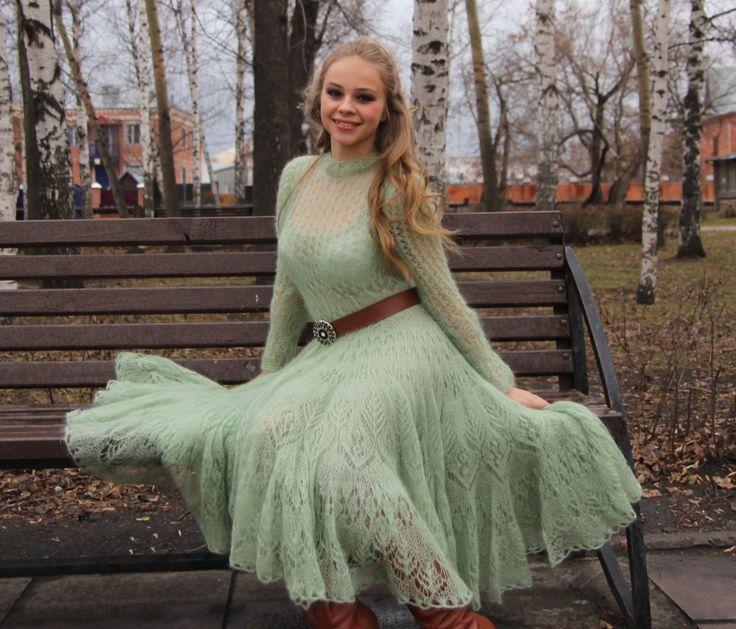 Вяжу на заказ волшебные мохеровые платья