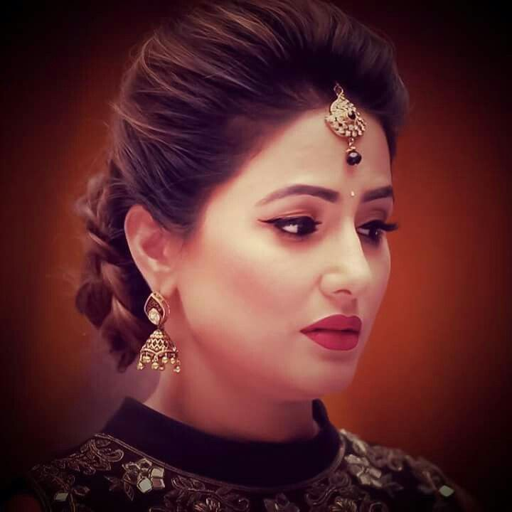 Bun Hairstyle With Lehenga: Pin By Shiffa Goyal On Indian Shows Star's...