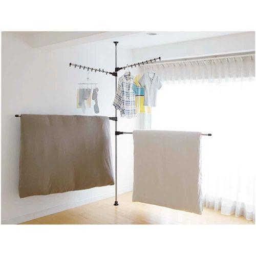 ポール1本でどこでも干せる、人気のシリーズ。設置面積はわずか約直径8cm!屋内でお布団を干したい方にオススメの布団干しアーム2本付き。天井高168~280cmに対応。