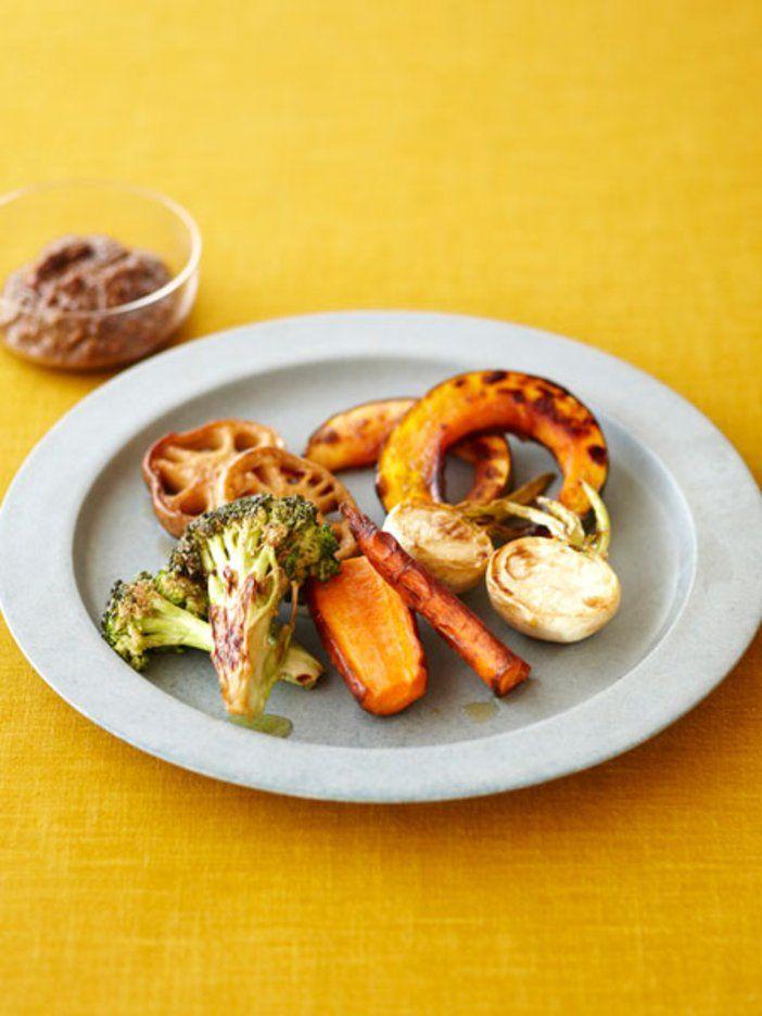 野菜がちょっとずつ余ったときに作ってみて。どんな野菜でもOK。風味が豊かなので少しのディップで味わえる。|『ELLE a table』はおしゃれで簡単なレシピが満載!