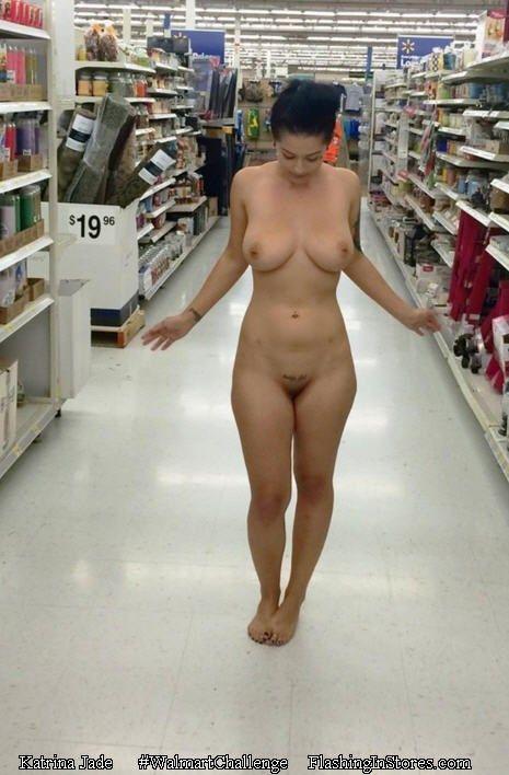 Naked women sleeping-2674