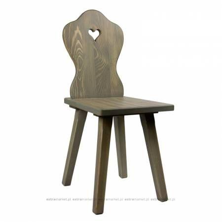 Krzesło drewniane z sercem
