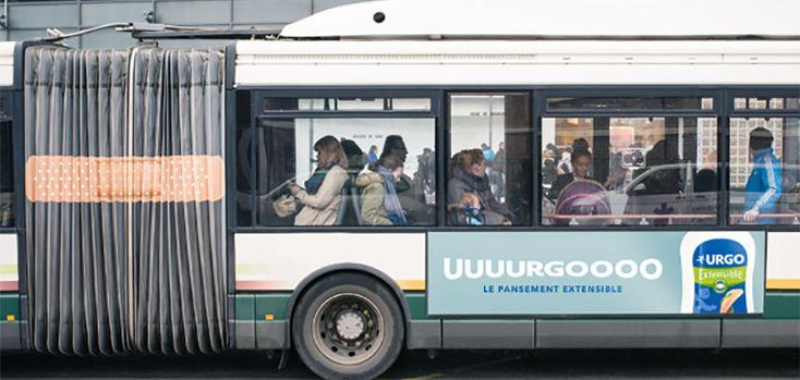 Deux créatifs ont imaginé une campagne fictive pour la marque Urgo qui détourne des bus pour promouvoir des pansements extensibles.