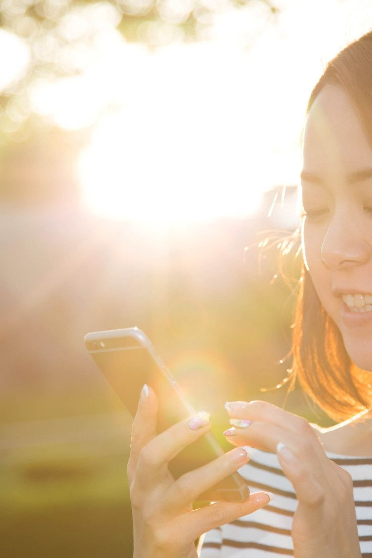 23 Signs You Have A Healthy Relationship With Your Smartphone
