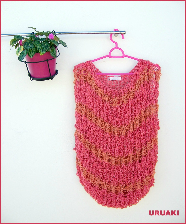Camiseta rosa sin mangas con rayas  naranjas.  Algodón tejido a mano.  (ref: 3513003)