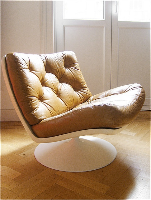 Geoffrey Harcourt, Fauteuil 976 Lounge Chair for Artifort, 1968. maxime clair, via Flickr
