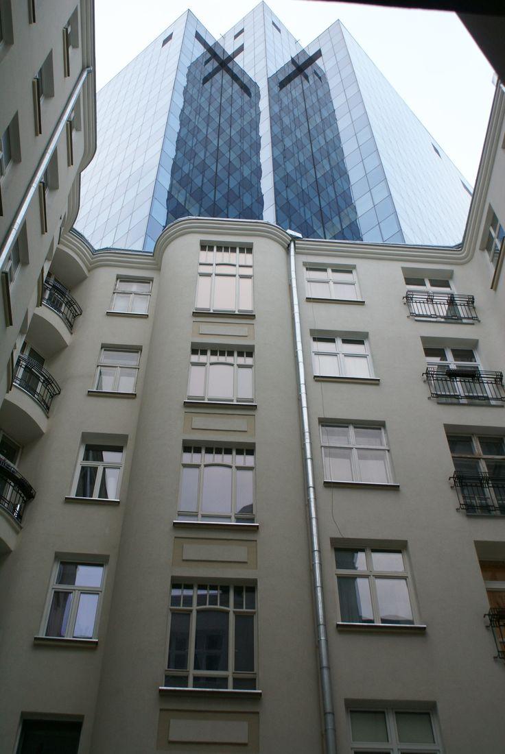 dziedziniec kamienicy przy ul Sienkiewicza 4, Warszawa