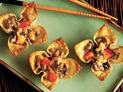 Sausage Stars; Ingredients 1pkg. Jimmy Dean® Hot Pork Sausage Roll 1cup (4 ounces) shredded sharp cheddar cheese ½cup prepared ranch dressing 1/3 cup chopped red bell pepper ¼ cup chopped ripe olives 36 wonton wrappers