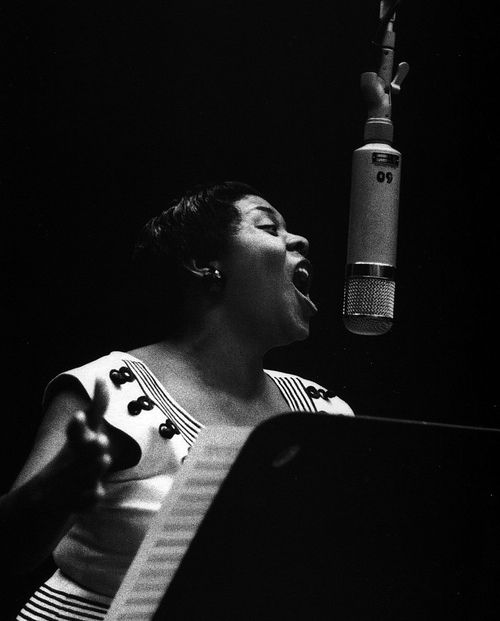 dinah washington photographed by william claxton