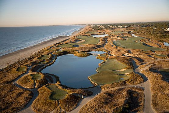 Located just outside Charleston, SC, some duffers consider Kiawah Island Golf Resort to be heaven on earth. #worldsbesthotels2014: Islands Golf, Islands Cour, Country Golf, Golf Resorts, Golf Club, Golf Cour, Crosses Country, Ocean Cour, Kiawah Islands