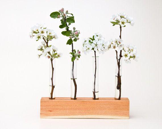 Easy vase holder: Buds Vases, Idea, Barns Beams, Woods Vases, Vases Florence, Woodworking, Diy'S Decoration, Decoration Buds, Vases Decoration