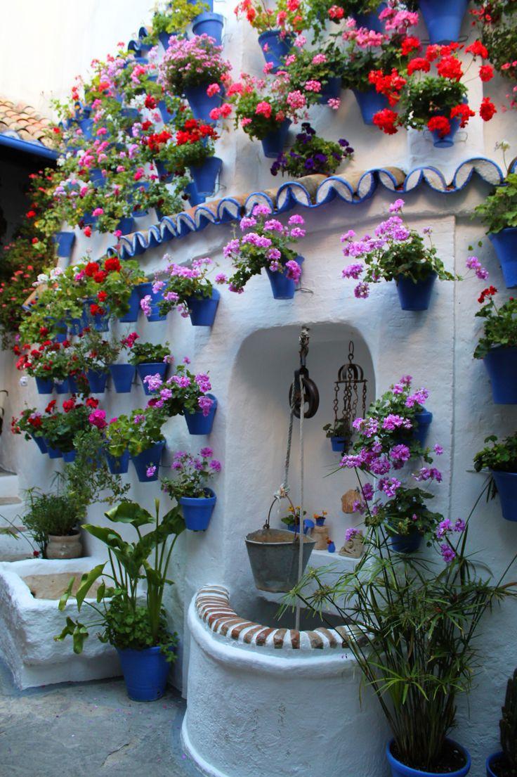 #pozo #flores #fuente #sol #ceremonia #concursos #cruces #crucesdemayo #flores #patios #patiosdecórdoba #tradición #mayo #mayocordobés #cordoba #andalucia