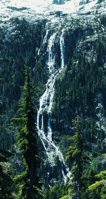 Della Falls Della Falls is a waterfall in Strathcona Provincial Park on…
