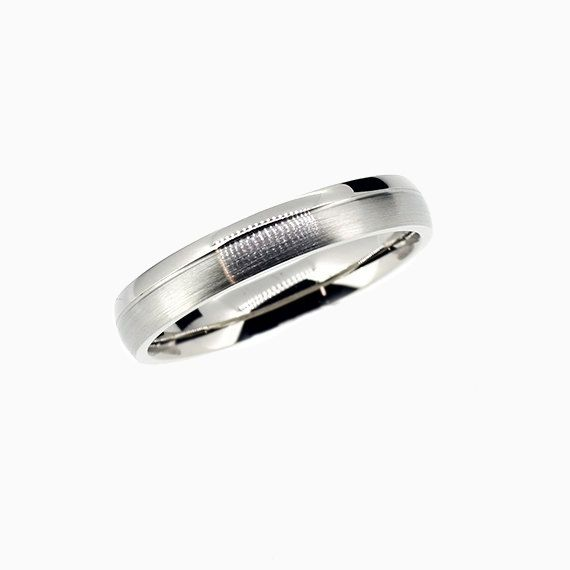 Classic Duro Wedding band in Platinum