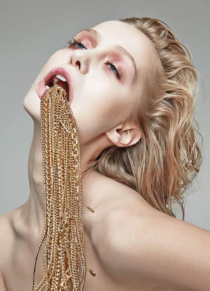 Addicted To Glamour – La photographie de mode vue par Danil Golovkin