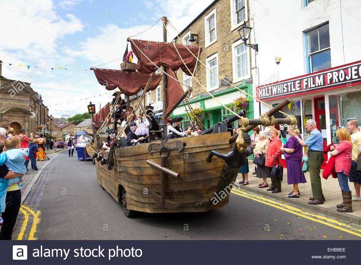 Pirate Ship Float, Haltwhistle Carnival, Haltwhistle, Northumberland Stock Photo, Royalty Free Image: 79539558 - Alamy