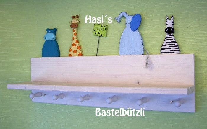 Garderoben - Kinder-Garderobe mit Ablage, mit Wildtieren, Holz - ein Designerstück von Hasis-Bastelbuetzli bei DaWanda