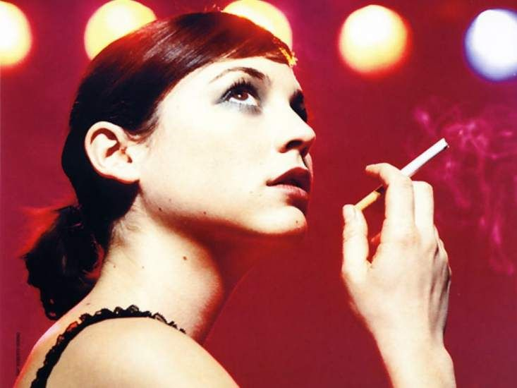 128 Best Images About Smoking ; Actress On Pinterest