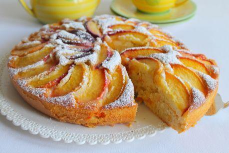 Torta Pesche Albicocche e Mandorle 3