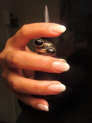 Franskt vitt - Vackra naglar för dig