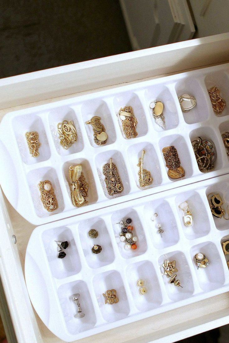 18 of the Most Clever Ways to Organize Your Jewelry